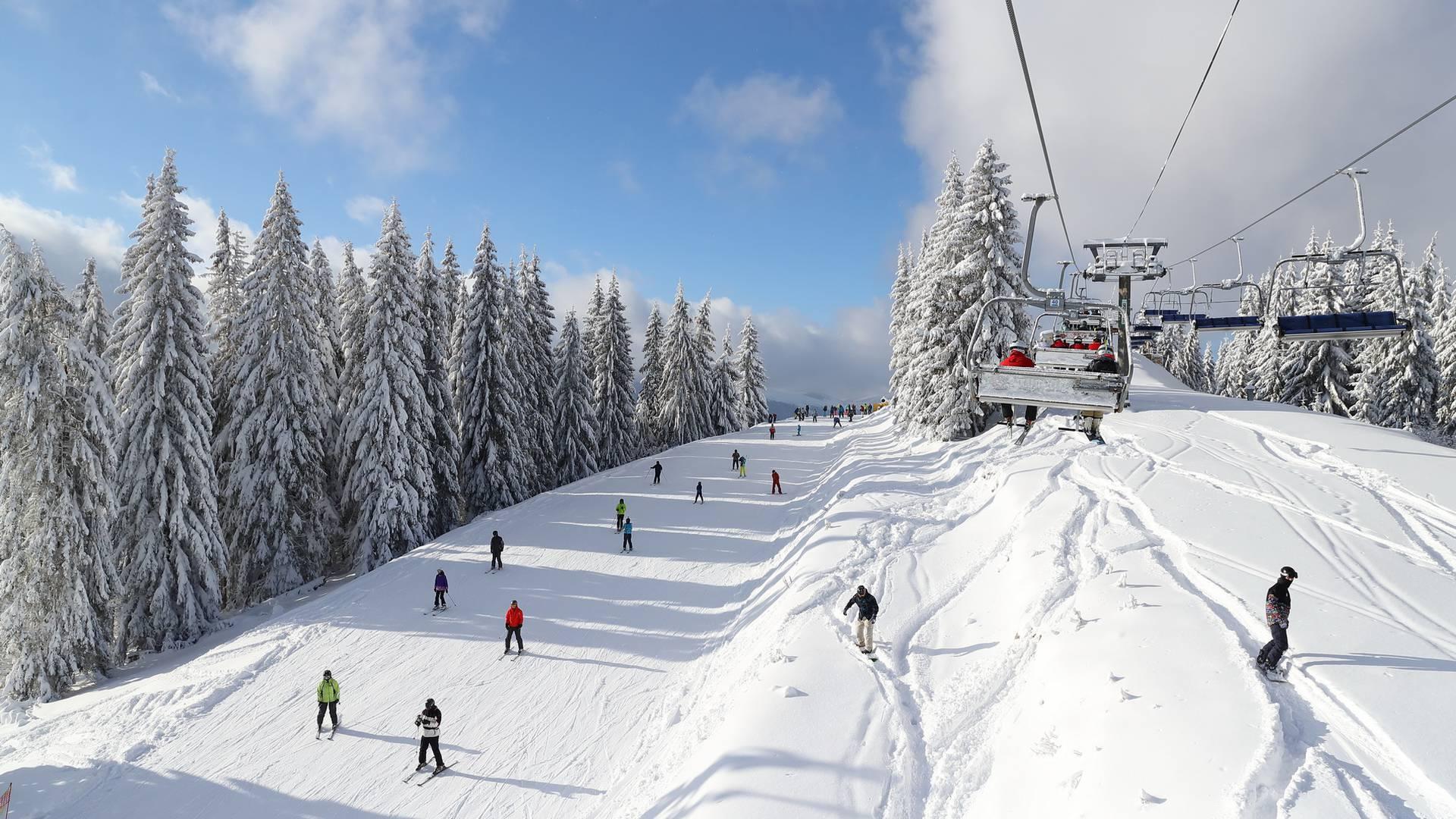 Raport de fotografii, album 10 decembrie 2017 - Bukovel. Stațiune de schi și spa în Carpați
